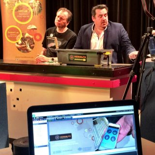 UWA Professors Barry Marshall and Andy Whitely have a 'virtual' live chat at the School of Isolated & Distance Education livecast.
